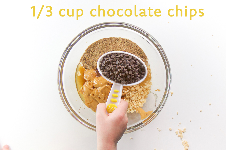 How to make kid friendly cashew butter energy bites.