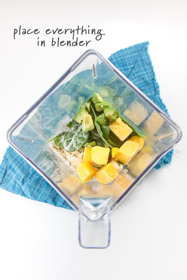 Baby-First-Spinach-Smoothie-2G.jpg