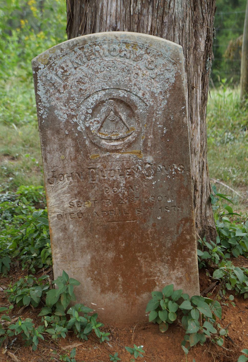 jdd grave.jpg