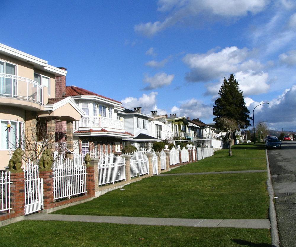 Calle típica en Burnaby, una ciudad inmediata a Vancouver