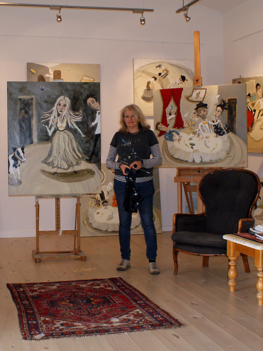 ART GALLERY OF ADELAIDE exhibits galleries of paintings for sale  by leading Australian artist Chris Wake. Engaging, uplifting & unique. Surrealist figurative, beachscapes & seascapes. With more than 15 solo and 40 group exhibitions around the world and in Australia her work is in private and corporate collections & her reputation is growing. The art studio is located in the Adelaide Hills near Stirling & is open by appointment. FAMILY PORTRAITS BY COMMISSION. Art is available to buy online as well. paintings for sale melbourne, paintings for sale sydney, paintings for sale perth, paintings for sale brisbane, paintings for sale adelaide, free delivery Australia