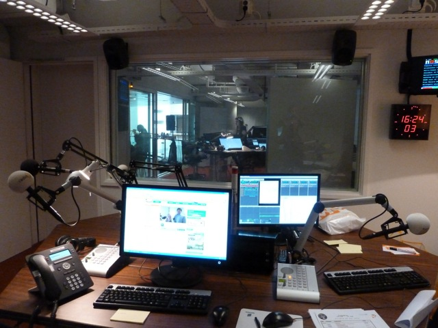 Vrijdag 24 mei was Sabine te gast in het programma van Tineke de Nooij op Radio 5   http://www.radio5nostalgia.nl/uitzendingen/2013-05-24/uitzendingen.html