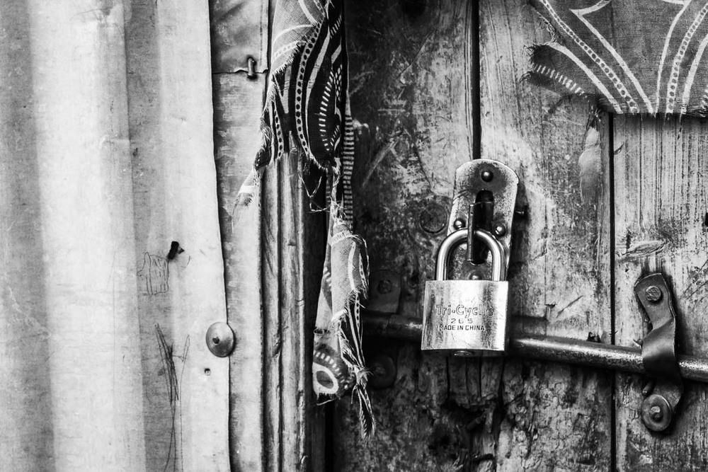 lock-2.jpg
