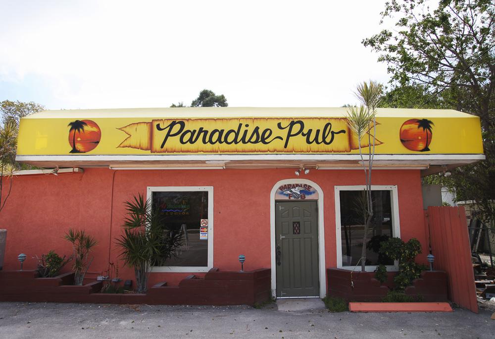 paradise pub 9230