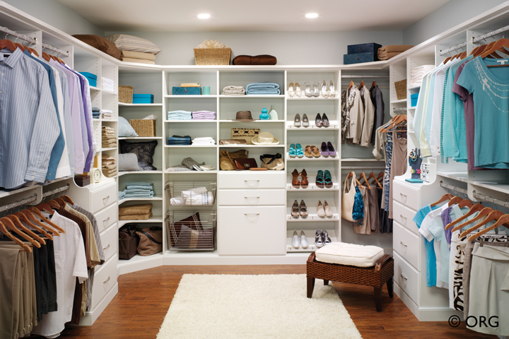 A dream closet you will enjoy every day!