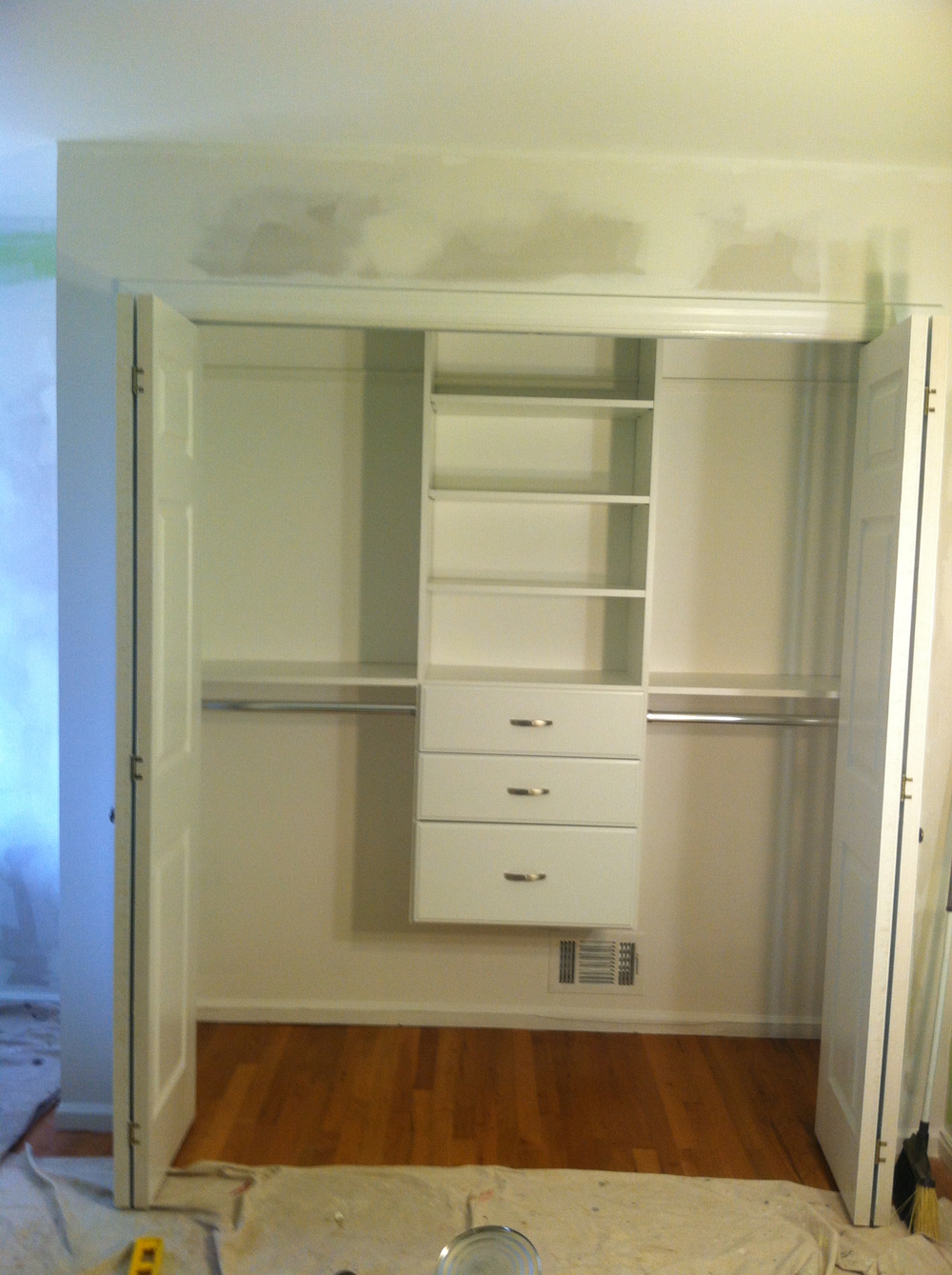 Kid's Bedroom Closet: After