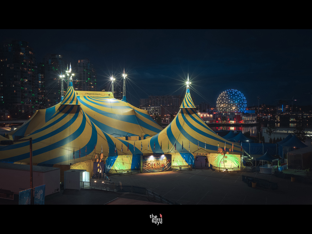 cirque bars.jpg