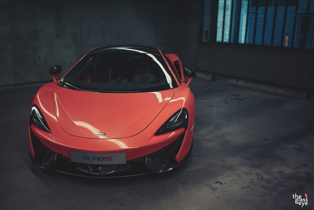 McLaren_570S_Vancouver_001.jpg