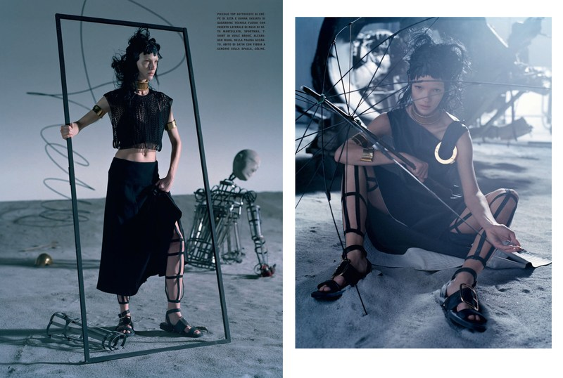'Like a Warrior' Mariacarla Boscono-Tim Walker-Vogue Italia-3.jpg