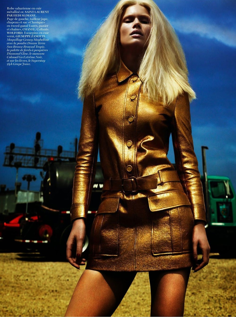 anna-ewers-by-mert-alas-marcus-piggott-for-vogue-paris-august-2014-4.jpg