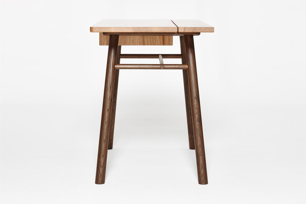Fosse Desk Side