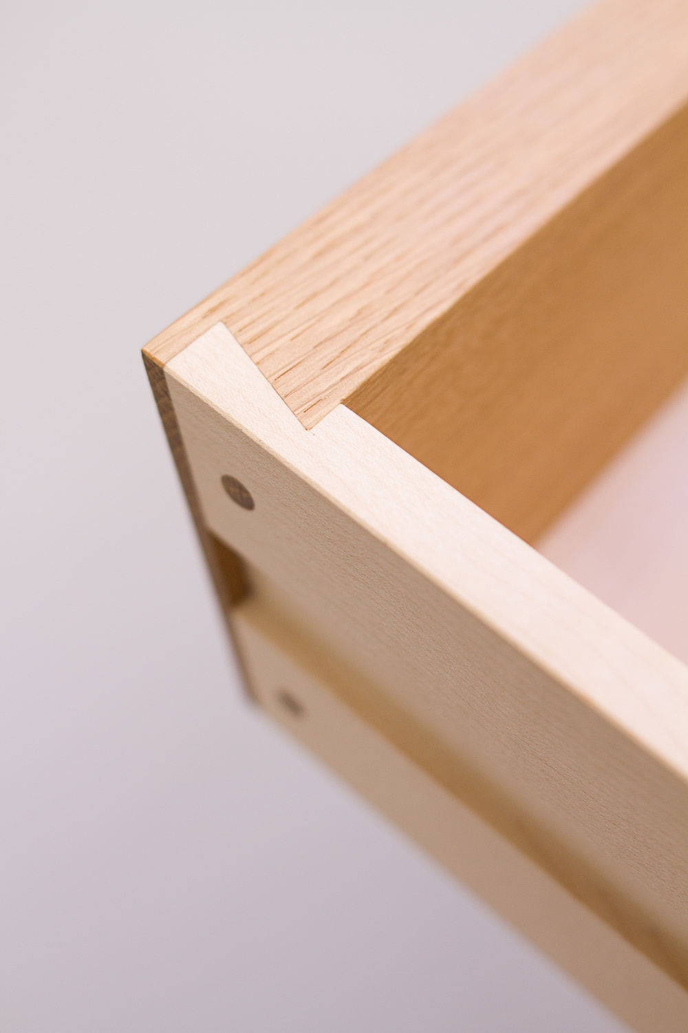 dovetail detail of hand crafted custom desk design hand crafted by maker Namon Gaston