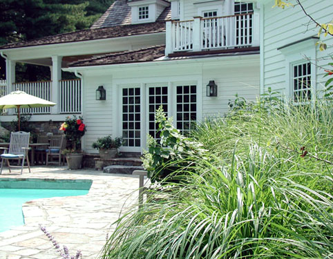 CLASSIC NEW ENGLAND GARDEN - Pool Area