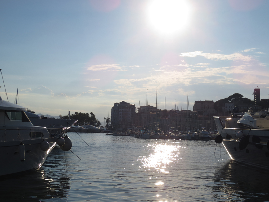 Harbor in Cannes_web.jpg