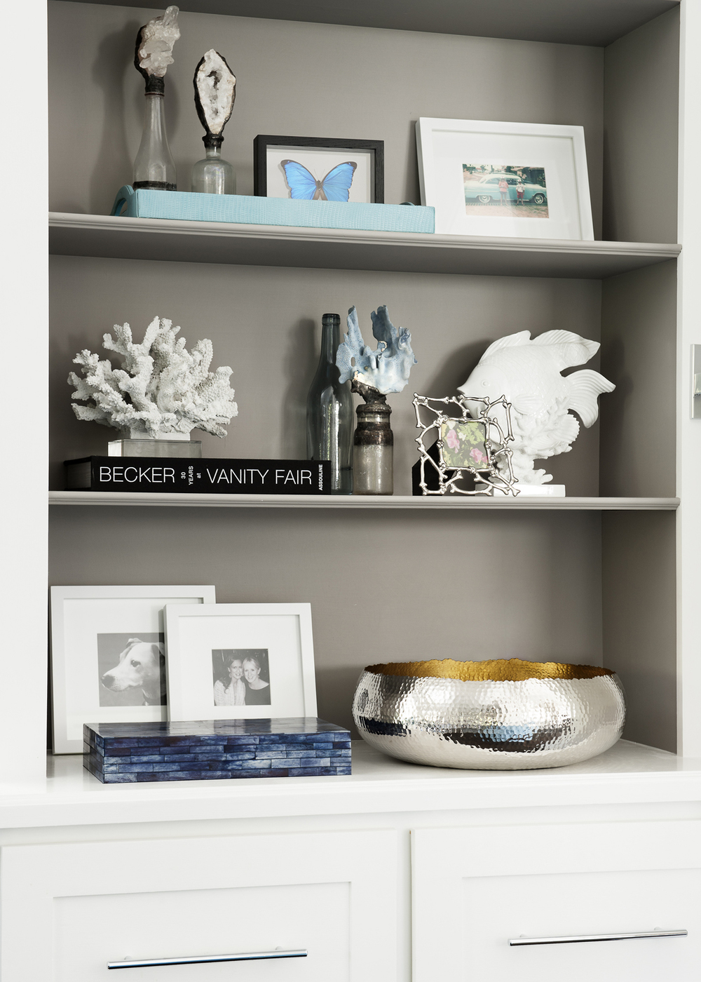 Copy of Victorian Rumson Beach Home - BOOKCASE VIGNETTE