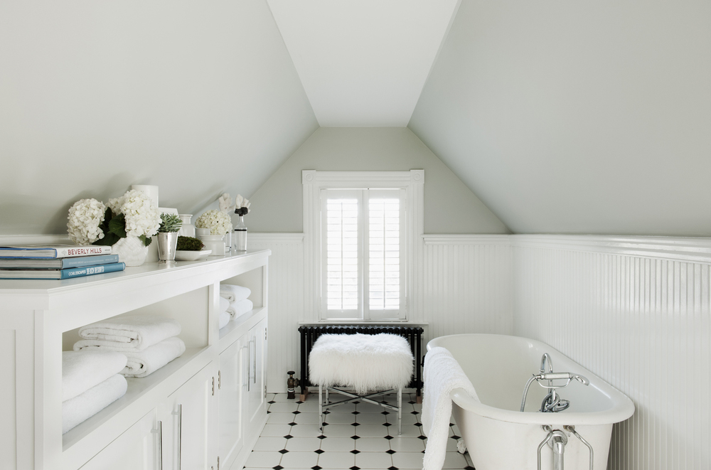 Victorian Rumson Beach Home - GUEST ROOM BATHROOM