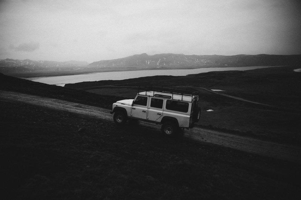 land rover bw 6.jpg