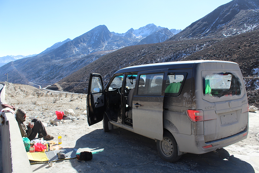 Van life at ~4100 meters