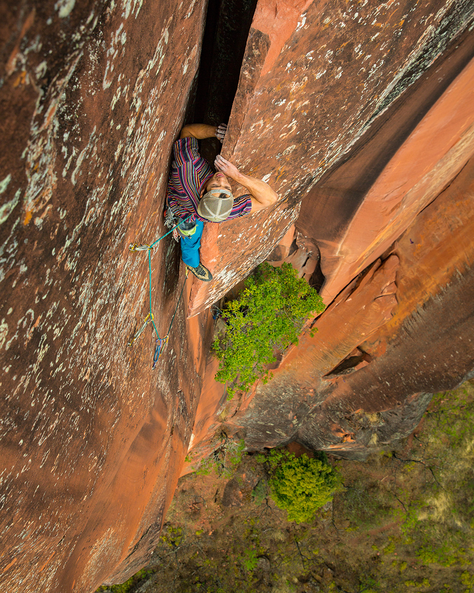 top: Dropping in some side prow before the final section of the crux.    middle: Knee bar at the crux's exit moves.    bottom: Into the slot above the steep crux.   © Irene Yee/Lady Lockoff Photography