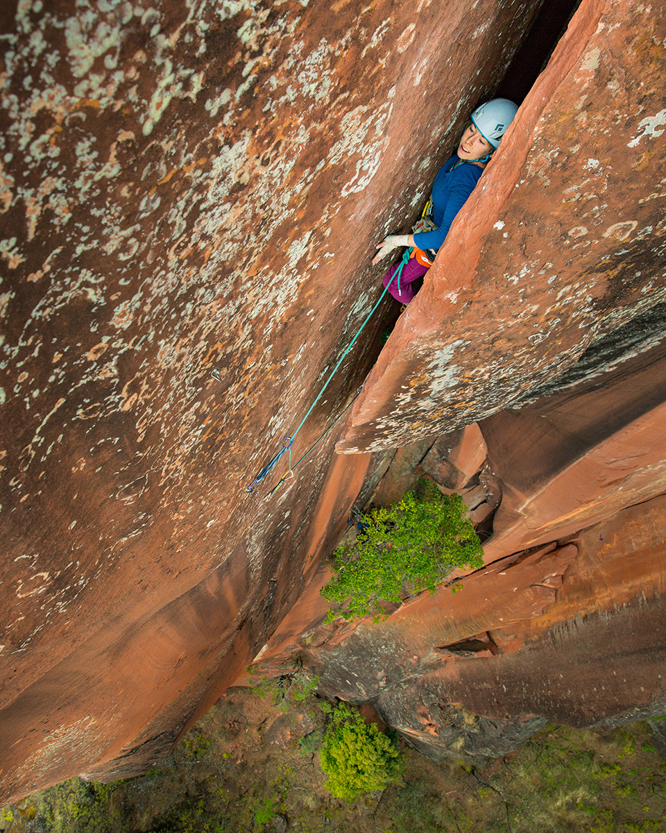 top: Ashley Cracoft inverts the opening crux moves of Elephant Riders.    middle: Straight in jamming an otherwise liebacking crux...    bottom: Into the slot and away from the pump!   © Irene Yee/Lady Lockoff Photography