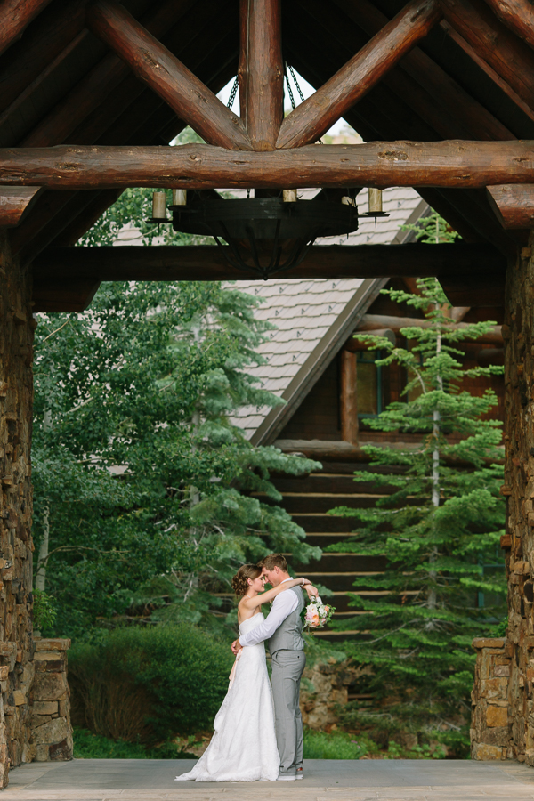 Ritz-Carlton Bachelor Gulch Wedding Florist
