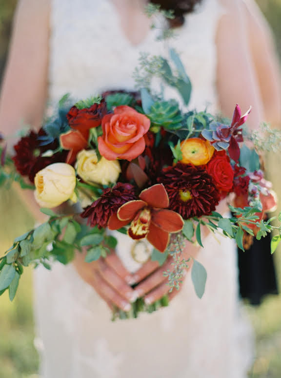 3 leaf floral autumn bouquet