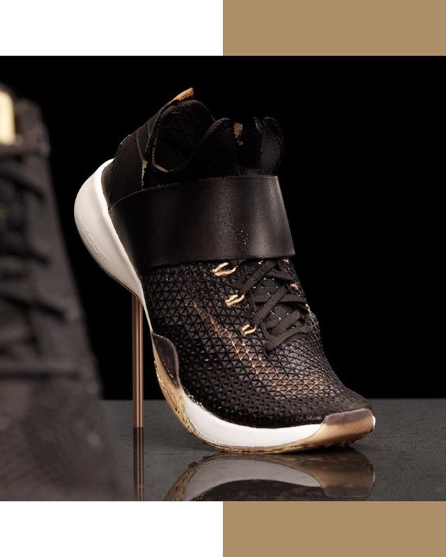 To show off the gorgeous detail of Nike's Rose Gold Footwear pack, we worked with @digitalscan3d_ to create hyperrealistic product renders that were almost as pretty as the shoes themselves. #3d #3dscan