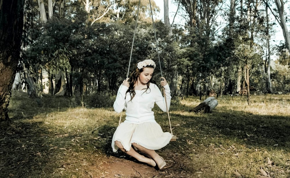 Girl+on+Swing_Instagram.jpg
