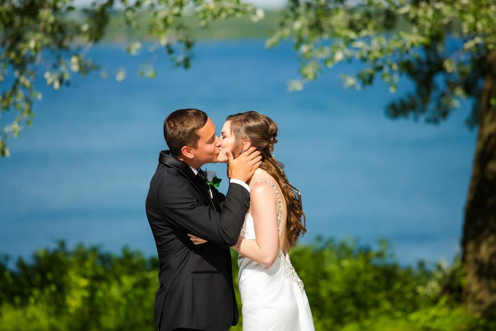 Rochester-Wedding-Photography-0019.jpg