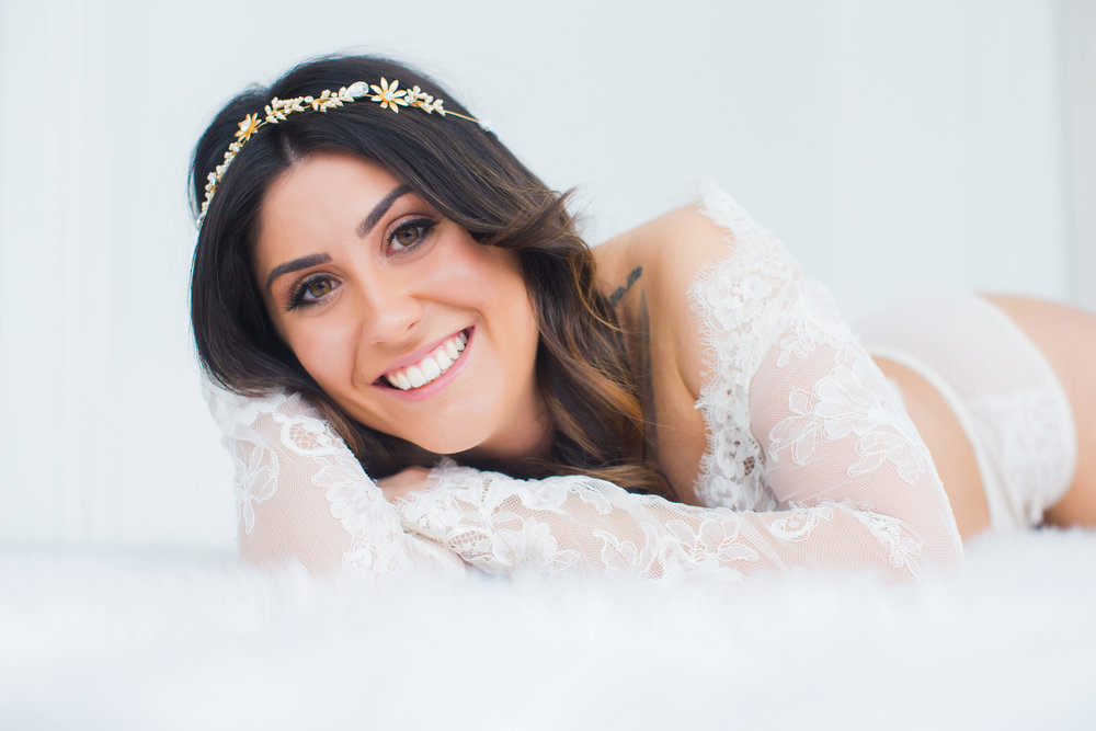 LACE TOP: LOVELY BRIDE | HEADBAND: HAIR COMES THE BRIDE