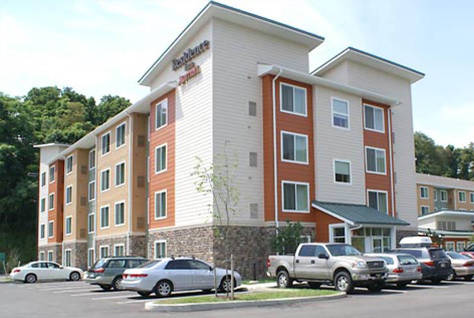 "Residence Inn<br><em style=""font-size: 14px"">Wilkins Township</em>"