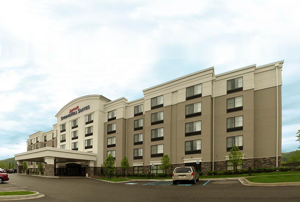 """Springhill Suites<br><em style=""""font-size: 14px"""">Mills Lane, PA</em>"""