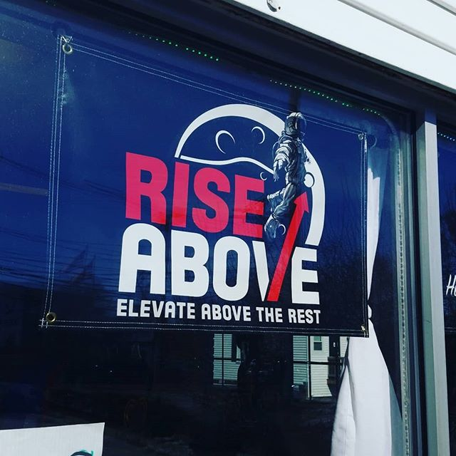 Head over to @rise_above_store and get your #localbrands! Hand blown glass, art, urban clothing and more!! #boro #heady #massglass #508 #localbusiness  #framingham #route9 #HaRBëRClothing #HaveAReason #BeËveryreason