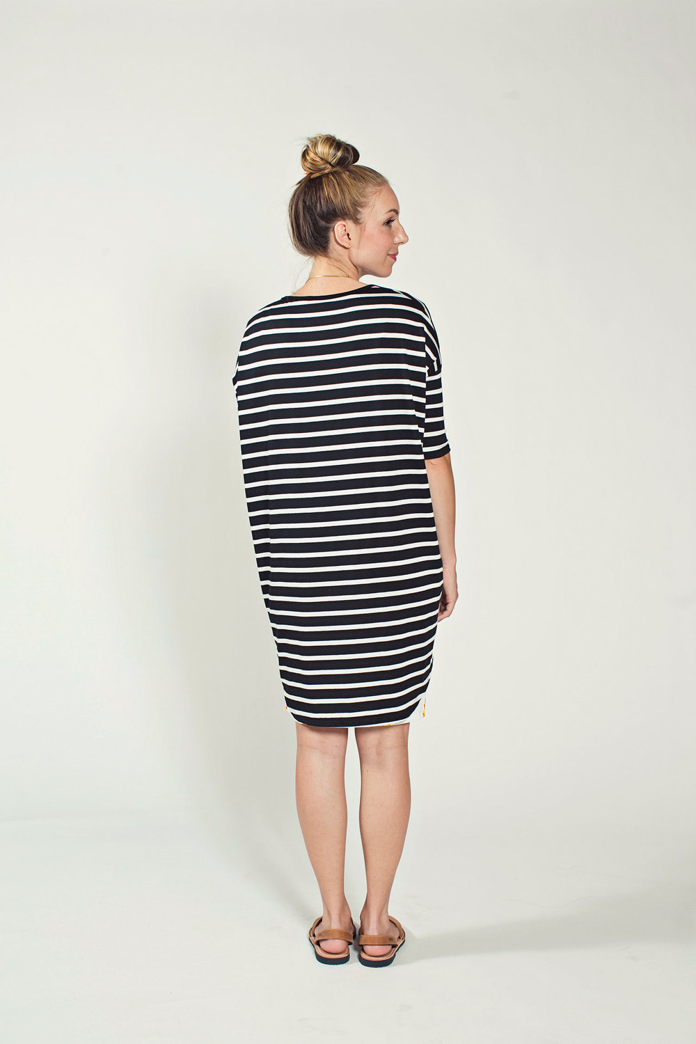 Women s fashion top 9 must haves in the wardrobe lulu rose - Of Course If You Re Anything Like Us You Might Not Know Right Away How To Wear A High Low Tunic Shirt The Shape Is Unique Just Like You Are But Don T Be