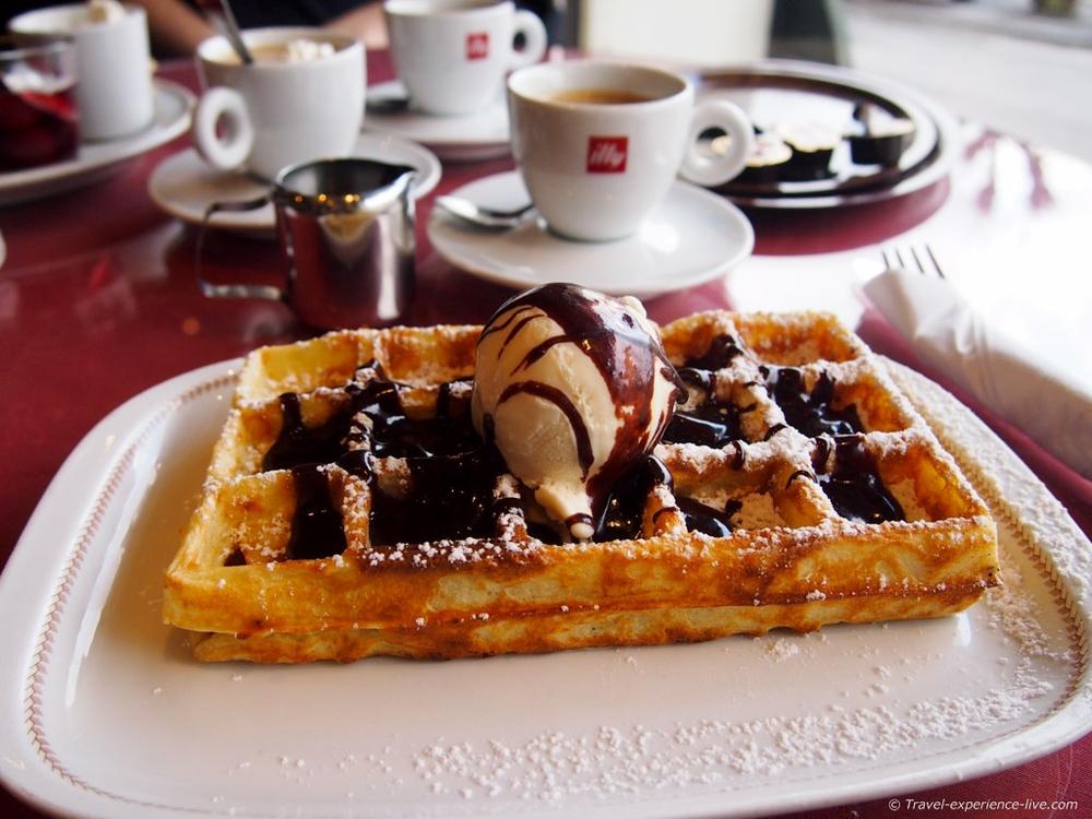 A tasty Belgian waffle in a café in Bouillon.
