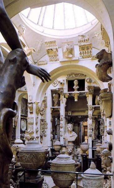 Sir John Soane's Museum.jpg