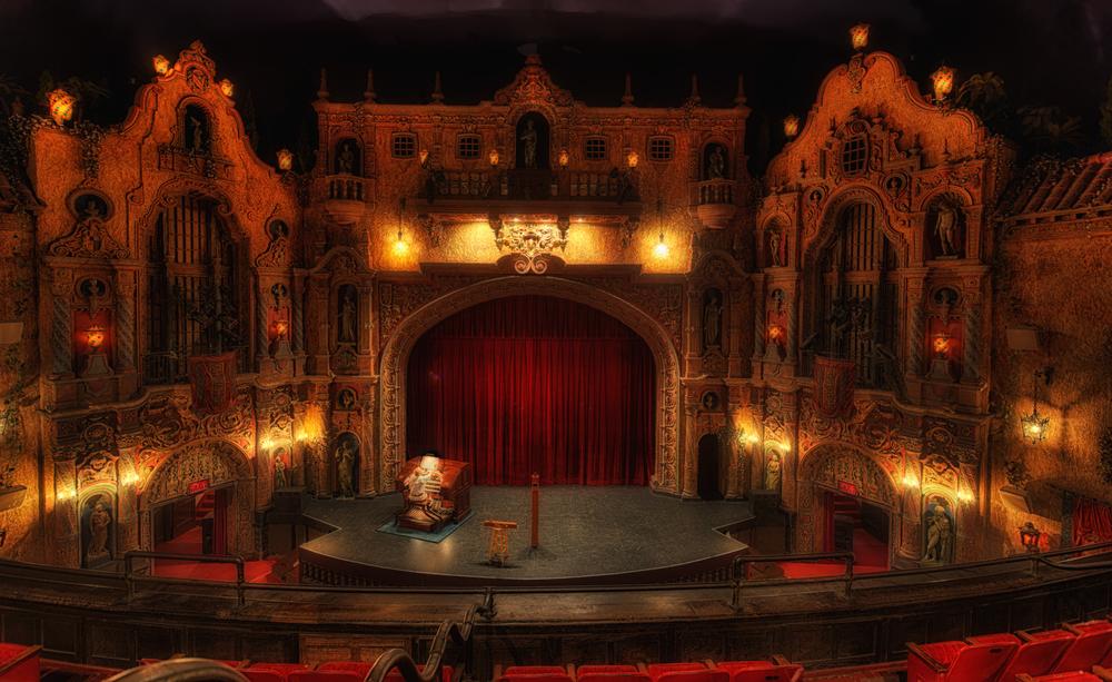 Tampa-Theatre-1-Glow.jpg