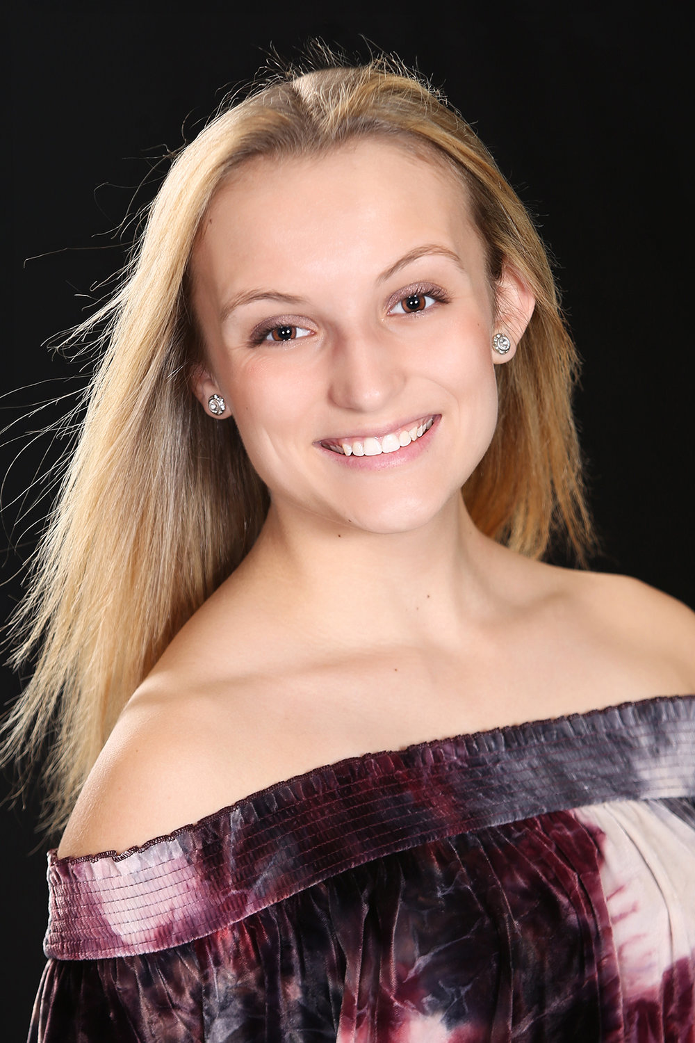 ALEXIS HOUSER    Montgomery County's Outstanding Teen   Talent:  Dance   Platform:  When Life Throws You A Curve: Living with Scoliosis