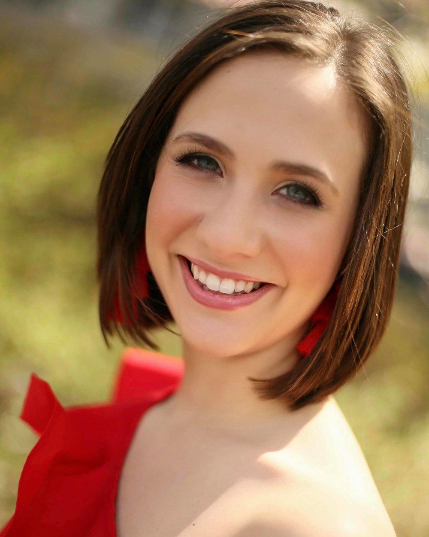 WILLA HAHN Northern Star   Talent:  Vocal   Platform:  Power of the Millennial Vote