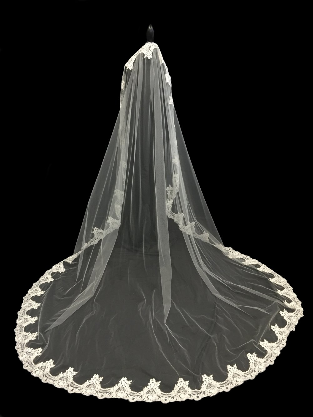 V5693-DI _ 96x108 Embroidered Mantilla