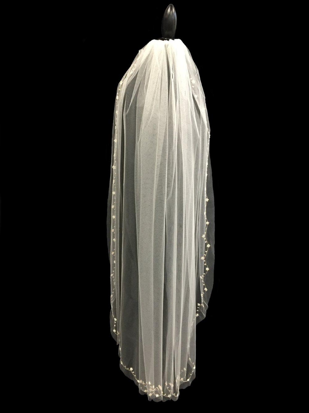 Style V5683-I _ 54x72 U-Cut Embroidered Veil