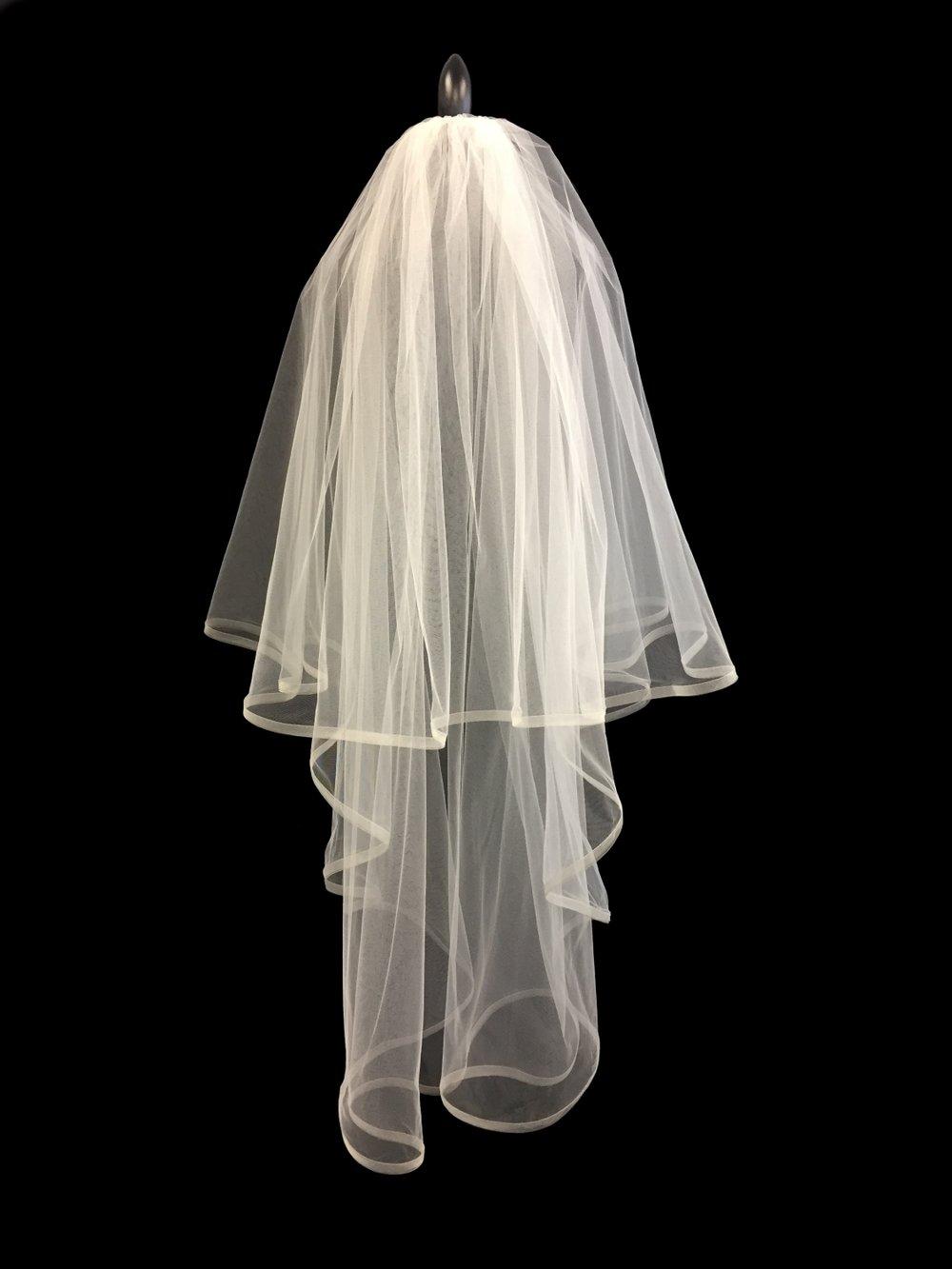 Style V5710-D __ 35-60x108 Mohair Edge Veil