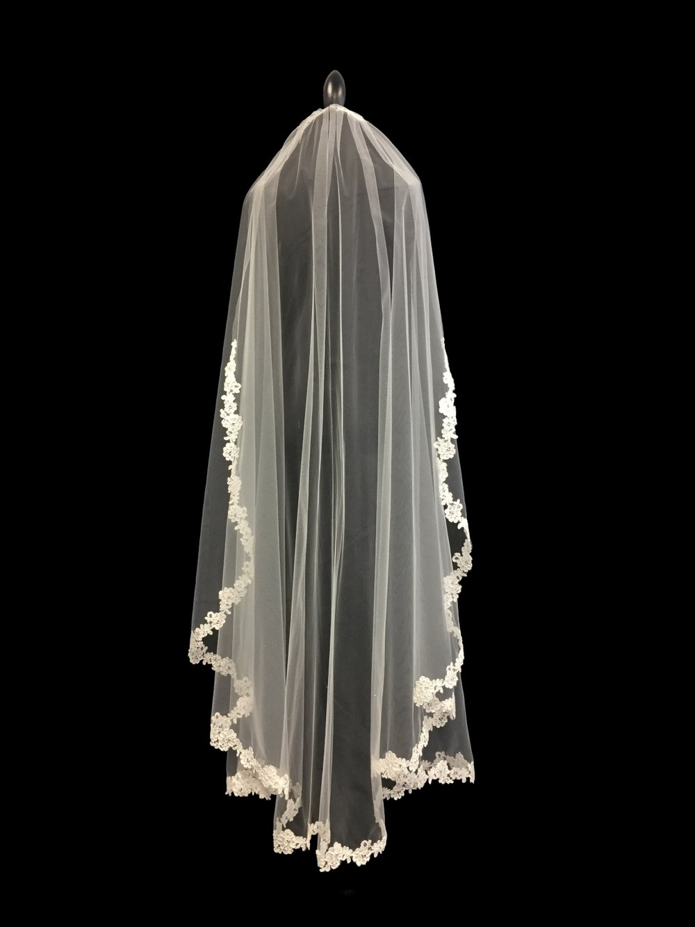 Style V5715-D __ 60x108 French Alençon Lace Edge Veil