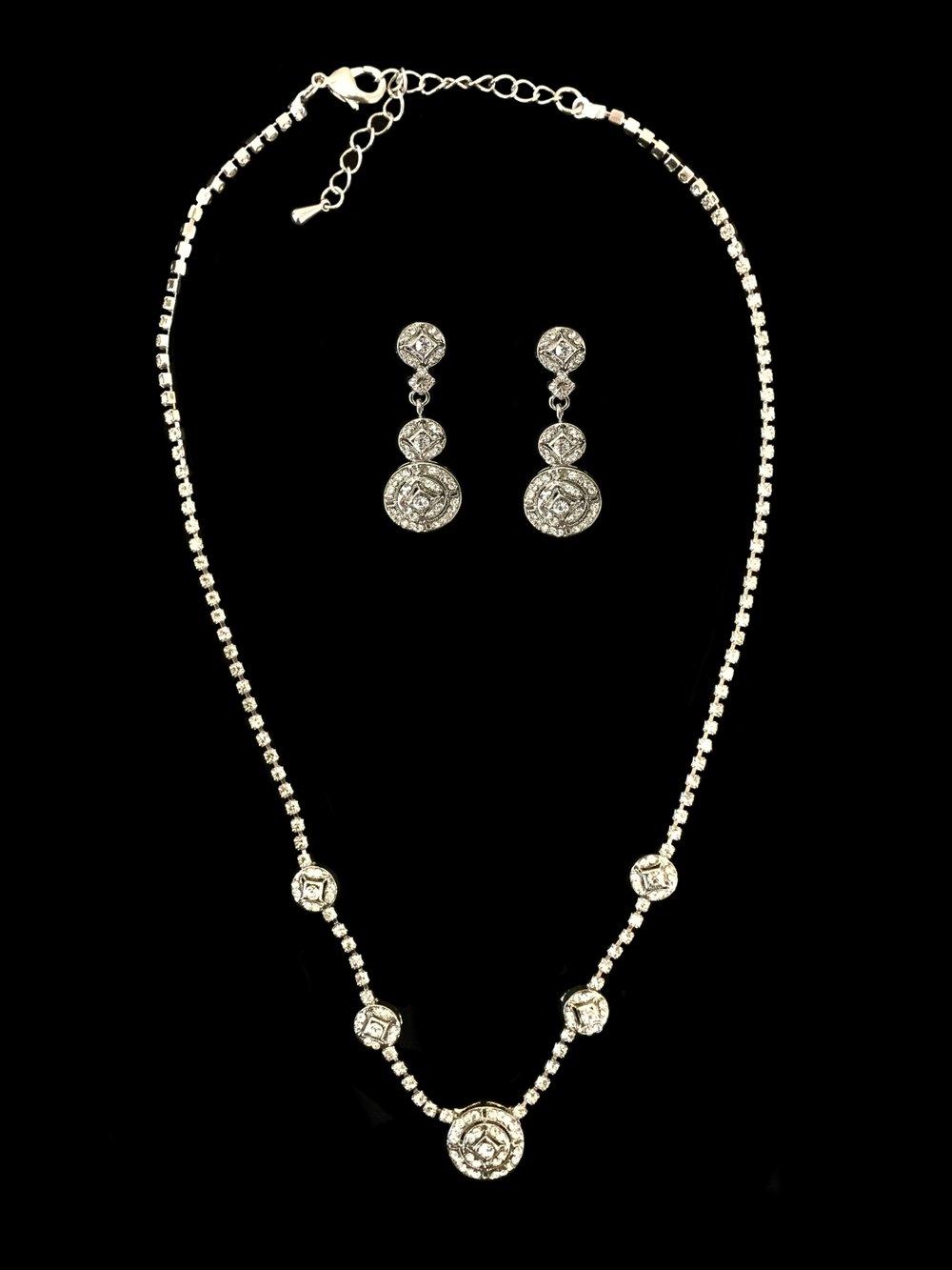 "Style 7882J-I Set (Earrings 1½"")"