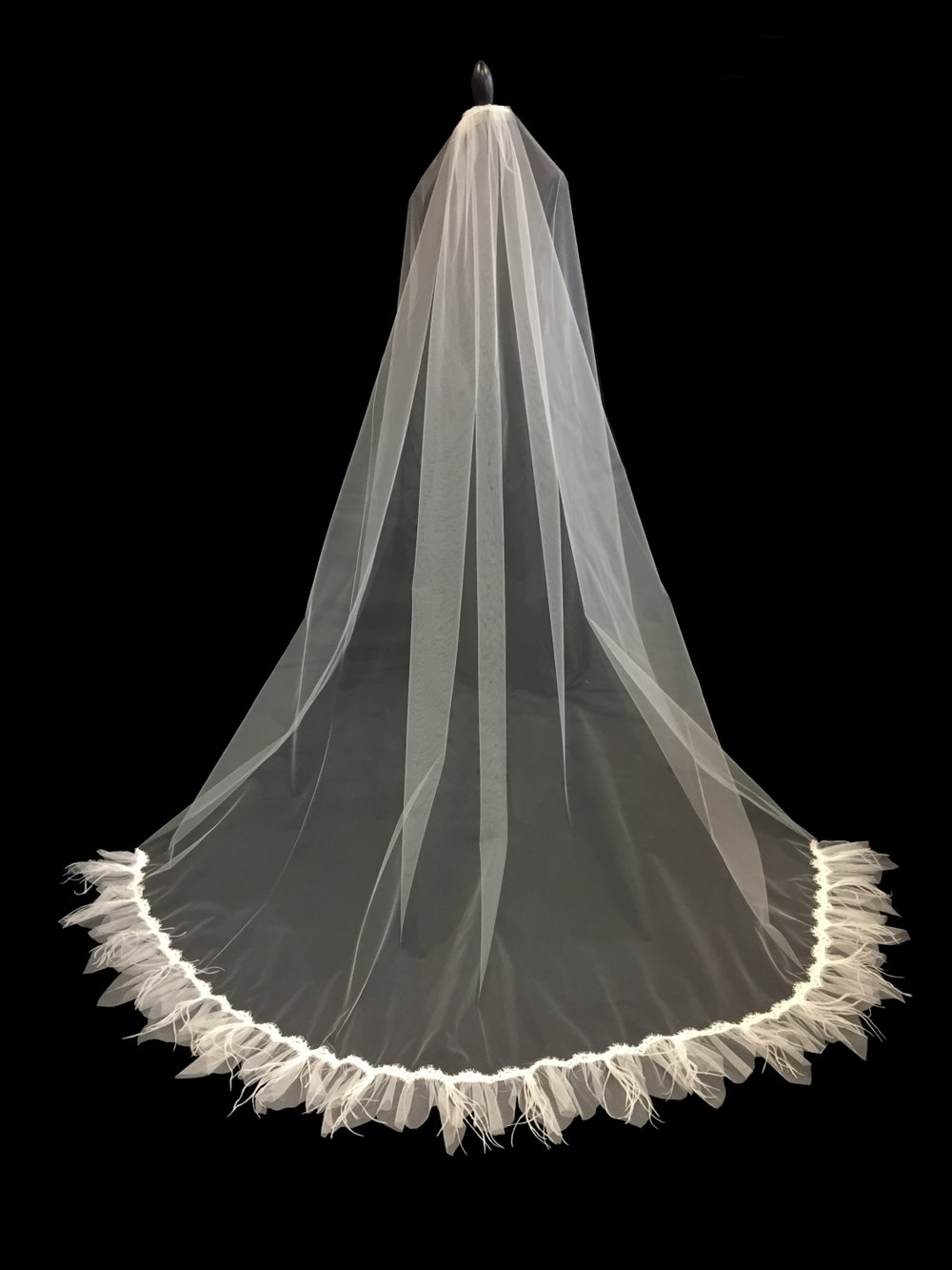 Style V5745-D __ 96 x 108 Ostrich Feather and French Alençon Lace Veil