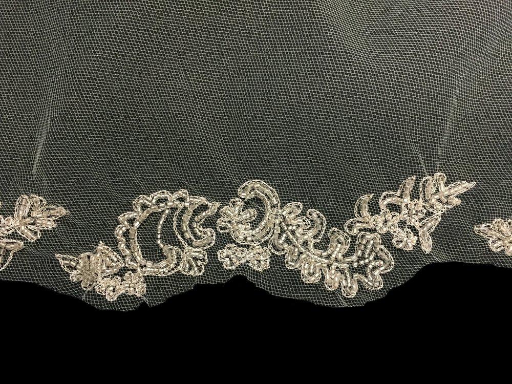 Style V5768-I Detail