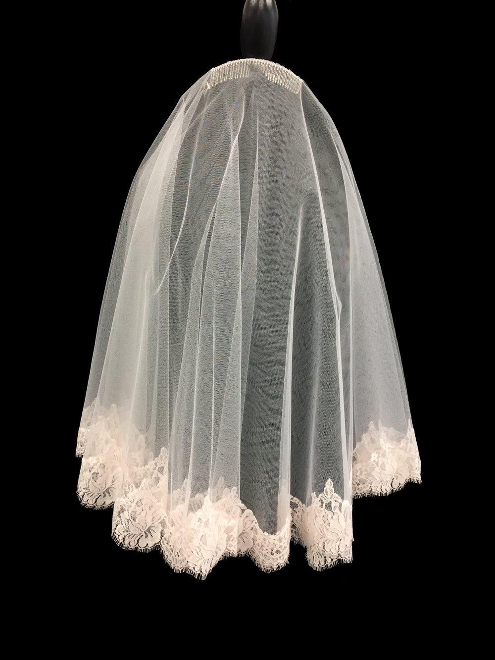 Style V5754-D __ 27-27x60 - Blush French Chantilly Lace