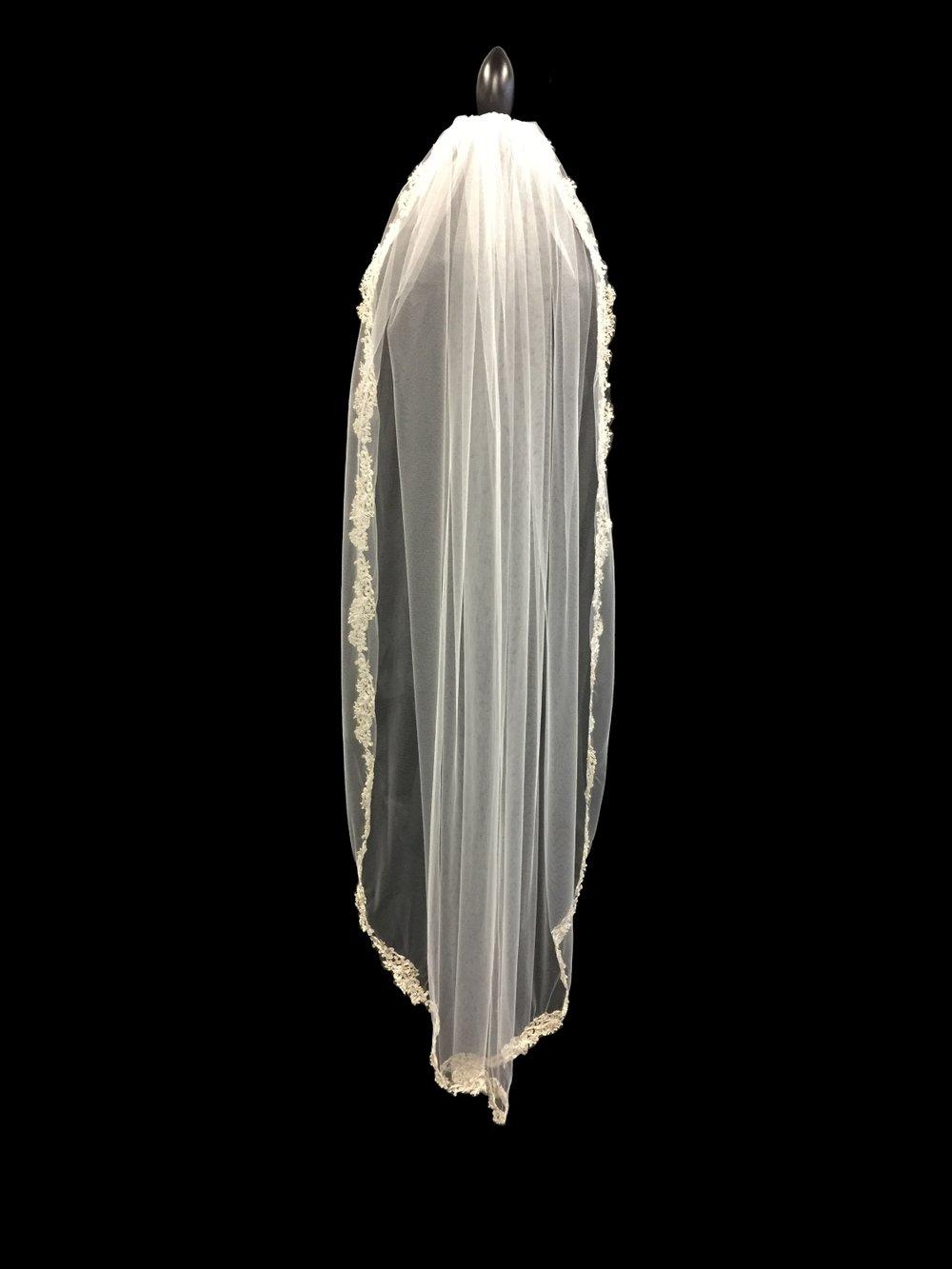 Style V5767-I__ 60x72 - Silver Thread Edge