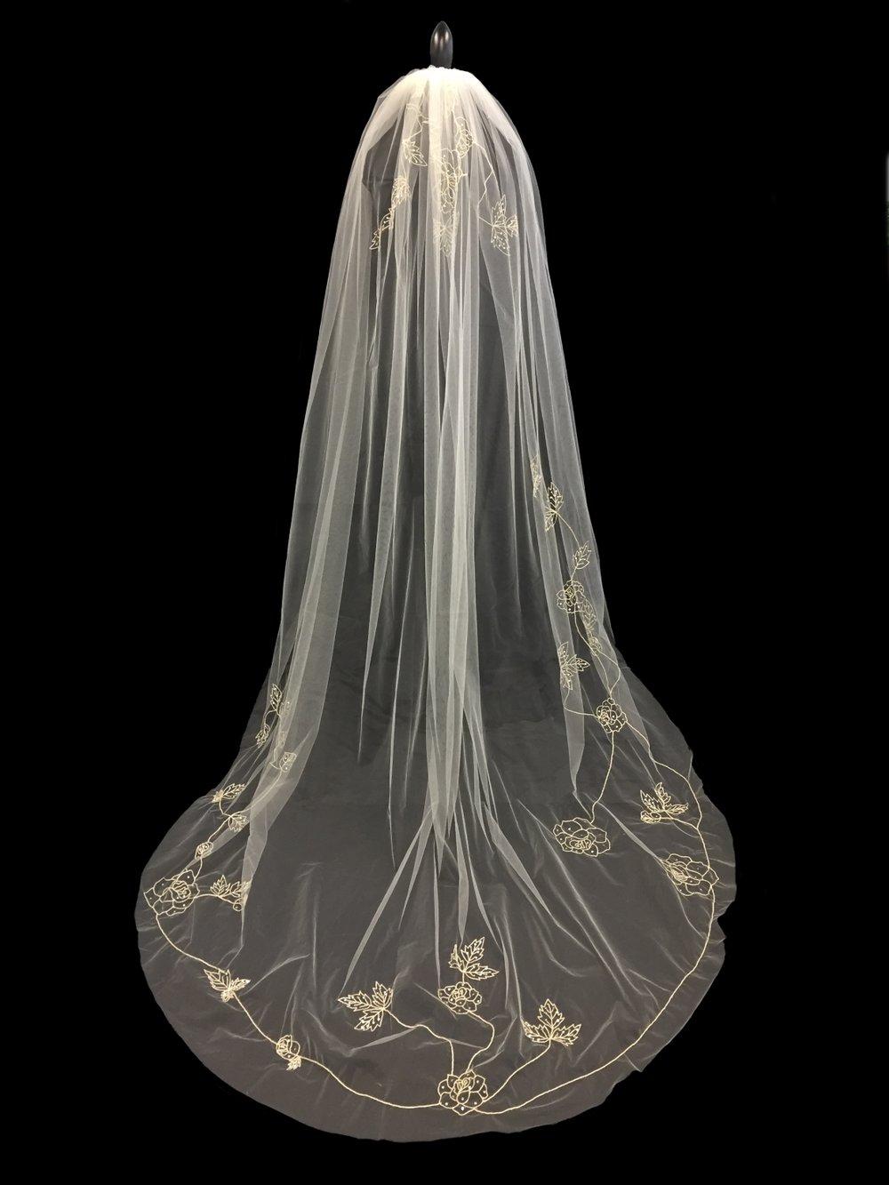 Style V5780-I __ 96x108 -  Embroidered Veil