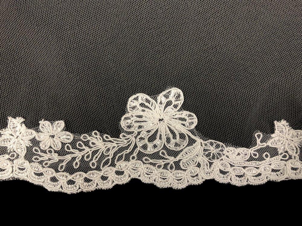 Style V5821-D Detail